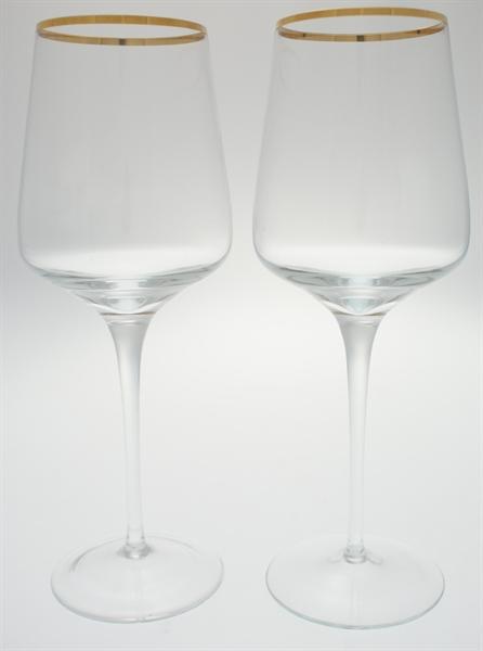 Weißweingläser mit Goldrand