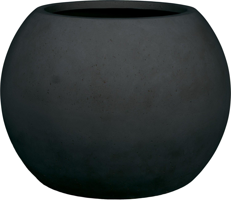 Kugelförmiges Pflanzgefäß in Steinoptik